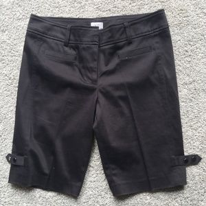 CACHE  SHORTS - ADORABLE WITH BUTTONS ON SIDE